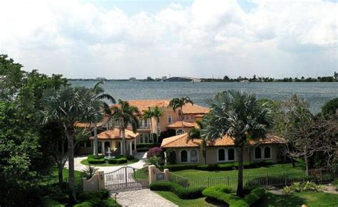 riverside drive indialantic homes for sale florida