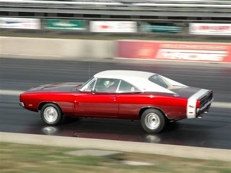 charger top speed 1968 1978 dodge charger rt history review top speed