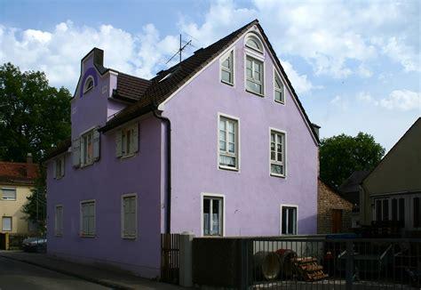 haus farbe w hlen lila haus im augsburger stadtbezirk links der wertach nord