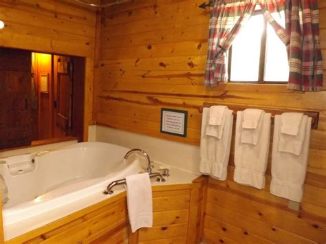 Cabin With Tub by The Honeymoon Cabin Arizona Mountain Inn And Cabins Flagstaff Arizona