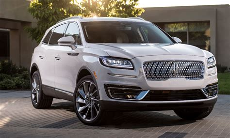 los angeles auto show  lincoln nautilus  daily drive consumer guide  daily