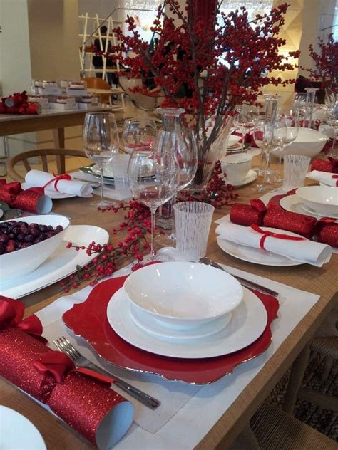 tablescape ideas festive and beautiful christmas tablescapes ideas and