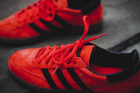 Adidas Spezial Wallpaper   adidas spezial vivid red black sole collector
