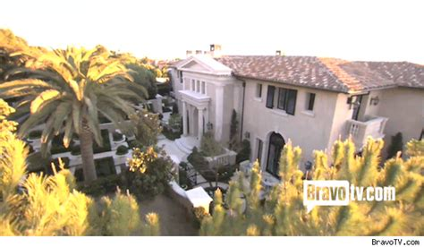 heather dubrow home real housewife heather dubrow sells orange county home