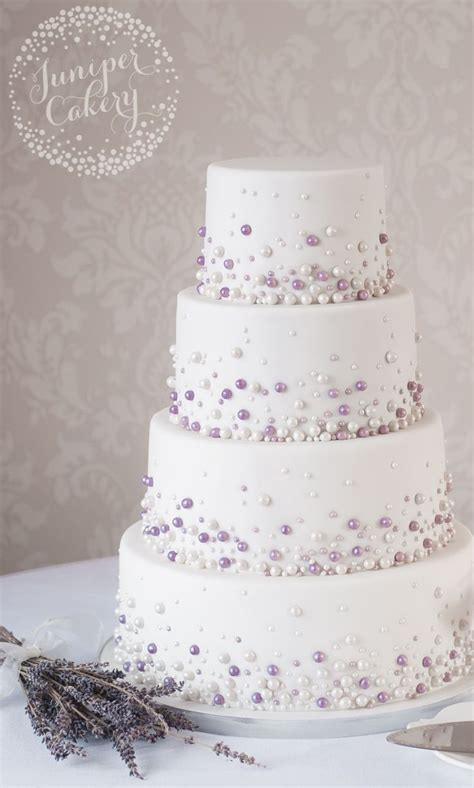 Wedding On Cake by 25 Best Ideas About Wedding Cakes On
