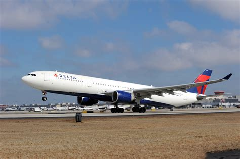 Delta Airlines R by Airbus A330 300 Delta News Hub