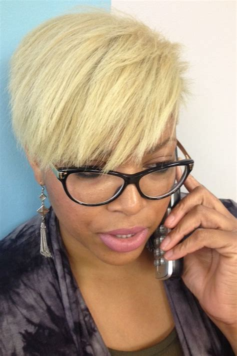 beautican that specialize in short cut in chicago blonde tapered cut women s hairstyles black women