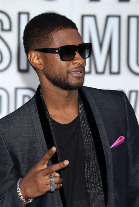 show ushers haircuts usher rectangular sunglasses usher looks stylebistro