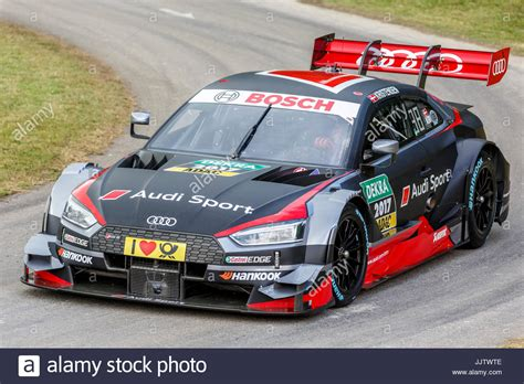 Audi Dtm Fahrer by 2017 Audi Rs5 Dtm Rennfahrer Mit Fahrer Tom Kristensen Auf