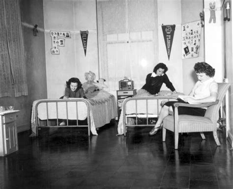 fsu study rooms florida memory students relaxing in room florida state college for tallahassee