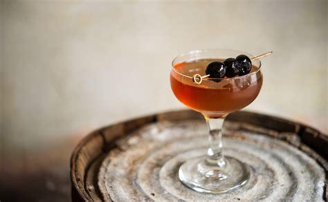 manhattan drink origin of the manhattan cocktail