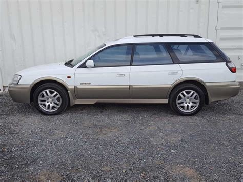 white subaru wagon subaru outback wagon white 4cyl 2000 white used vehicle