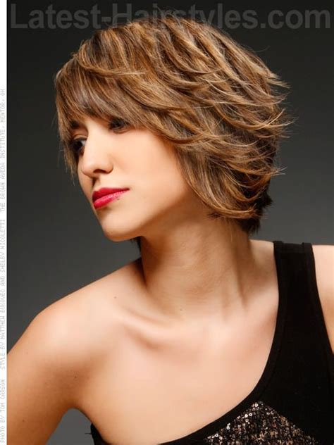 pictures of short layered hairstyles that flip out 17 best images about short wavy hairstyles on pinterest