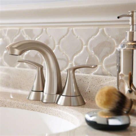 arabesque tile backsplash mosaic monday creating a unique wall or backsplash with
