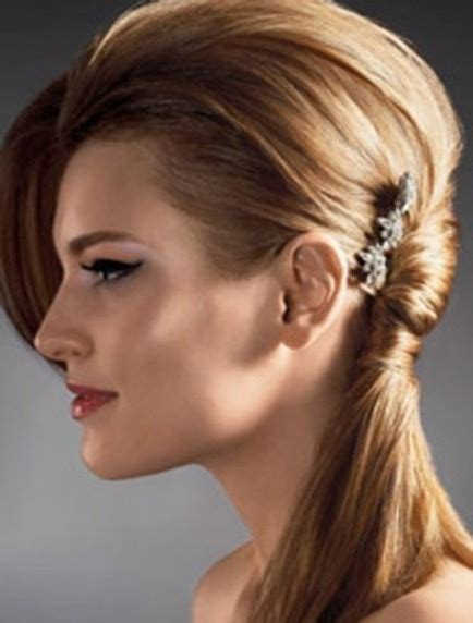 hairstyles for shoulder length hair pony tails 20 best hairstyles for medium hair