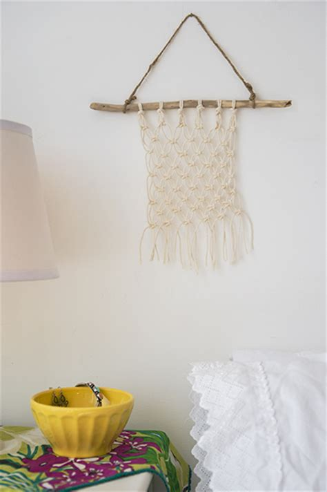Make Macrame Wall Hangings - 18 macram 233 wall hanging patterns guide patterns