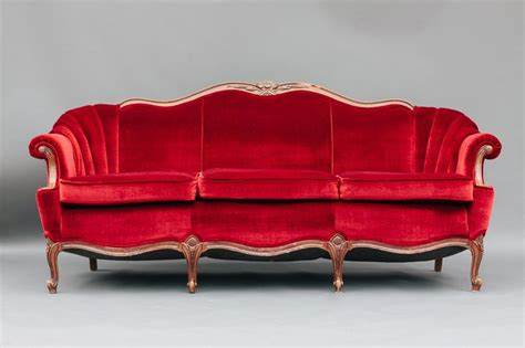 velvet vintage sofa dogwood party rentals red velvet sofa jc vip 2016