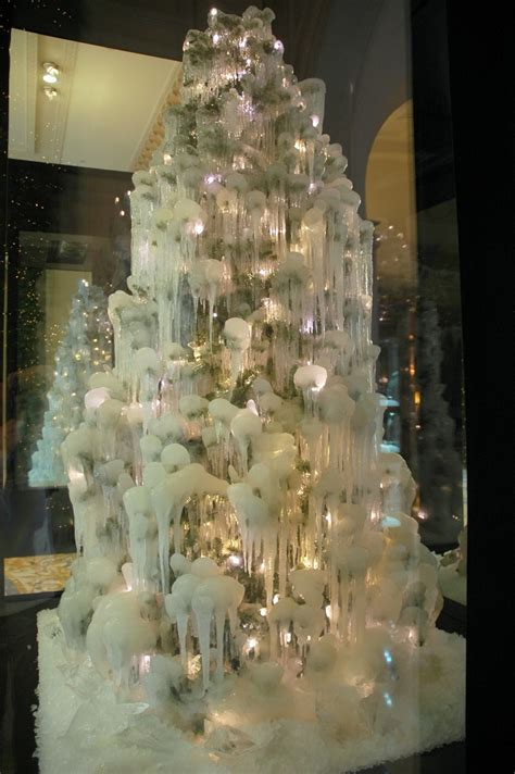 frozen christmas trees at four seasons hotel george v