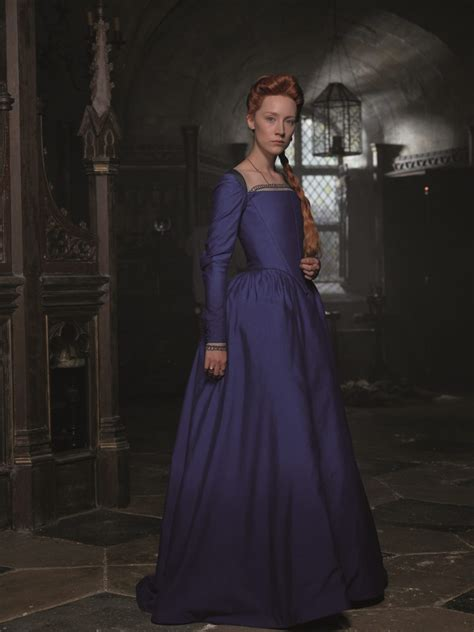 Biography Of Queen Mary | first look image of saoirse ronan as mary queen of scots