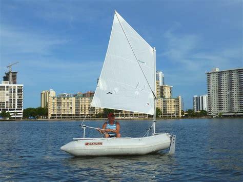 zeilboot opblaasbaar saturn sd260 portable and affordable inflatable dinghy