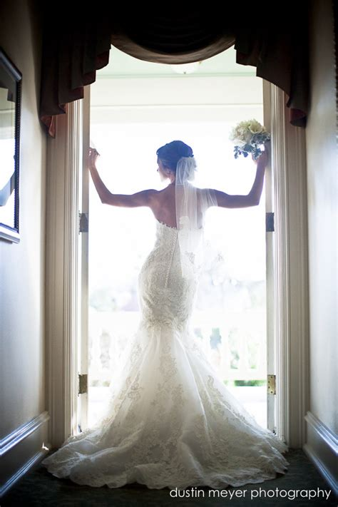 7 Tricks To Remember When Posing For Photographs by Bridal Portrait Poses On Bridal Portraits