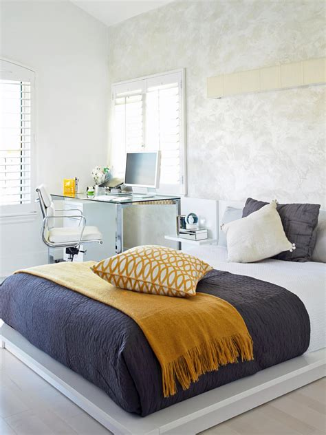 Black White Grey And Yellow Bedroom by Outstanding Black White Gray And Yellow Bedroom Ideas With