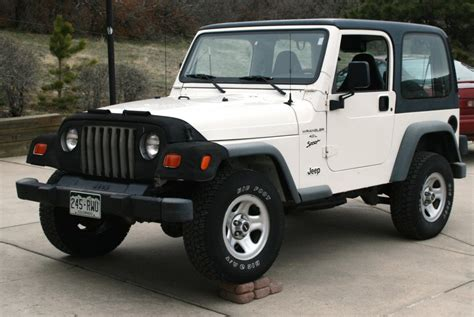 old white jeep wrangler old jeep wrangler google search on the hunt