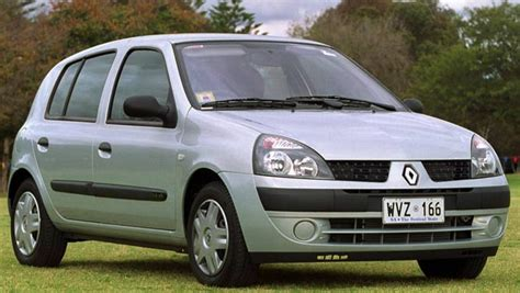 clio renault 2003 used car review renault clio 2002 2004 car reviews