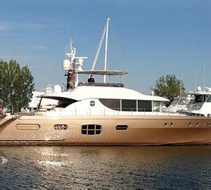 restored  defoe wooden yacht honey fitz yacht charter superyacht news