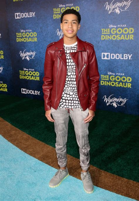marcus scribner voice actor red carpet arrivals disney pixar the good dinosaur premiere