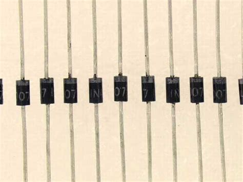 diode 1n4007 anode diode marking et 28 images hp5082 2800 diode hewlett packard semi conducteurs diodes diodes
