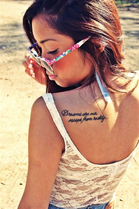girl tattoo at the back back shoulder tattoos for girls best tattoo design ideas