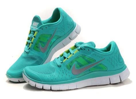 Nike Air Max Loreng nike free 5 0 v2 uomini nike air max lebron vii all