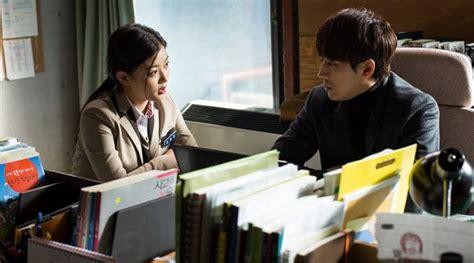 film drama korea terbaru oktober 2015 waduh kim yoo jung dicekik di foto terbaru joy kabar