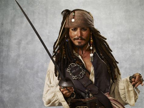 latest hollywood hottest wallpapers johnny depp jack sparrow hq wallpapers of hollywood superhit movie pirates of the