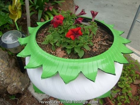 Used Planters by Used Tires Recycling Ideas Recycled Things