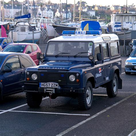 land rover rnli rnli land rover bangor 169 rossographer geograph britain