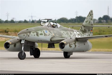 25 Square Meters To Square Feet by Messerschmitt Me 262 History Photos Specification Of