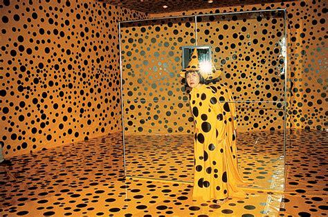 Plakat Yayoi Kusama by The Fantastical World Of Yayoi Kusama Agenda Phaidon