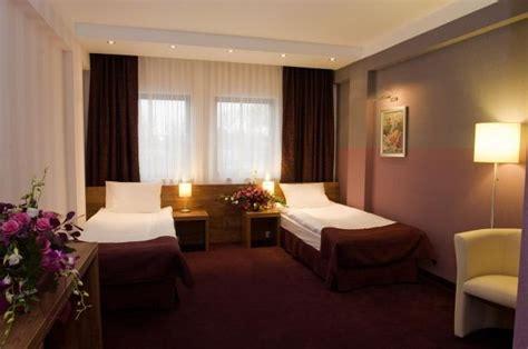hotel swing cracovia hotel swing ul dobrego pasterza 124 krak 243 w hotele
