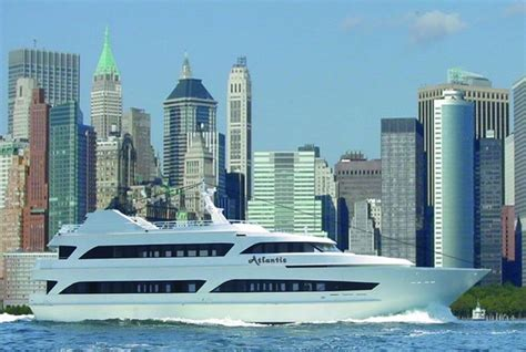 luxury boat cruise nyc times square new years eve at atlantis yacht nyc new