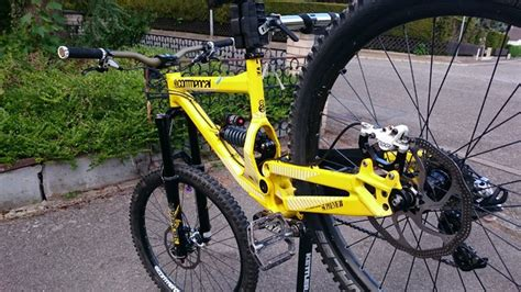 commencal supreme 8 vends vends commencal supreme 8 2012