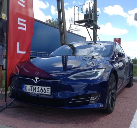 Tesla Model S Price Increase Tesla Model S 60 Base Price About To Increase 2 000