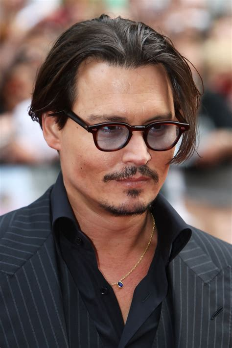 johnny depp wears a wig in public new photo shows more pics of johnny depp short straight cut 22 of 32