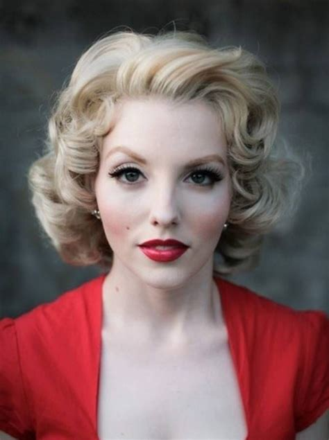 vintage 50s formal hairstyles for medium hair curly hair