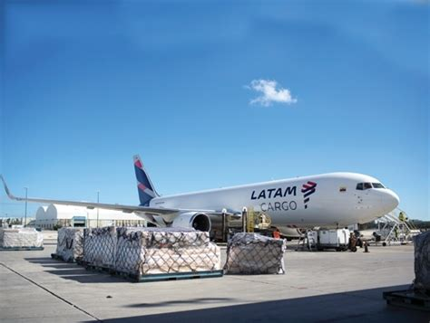 from magazine american air freight is flying high air cargo