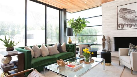 dramatic california home  blends natural details