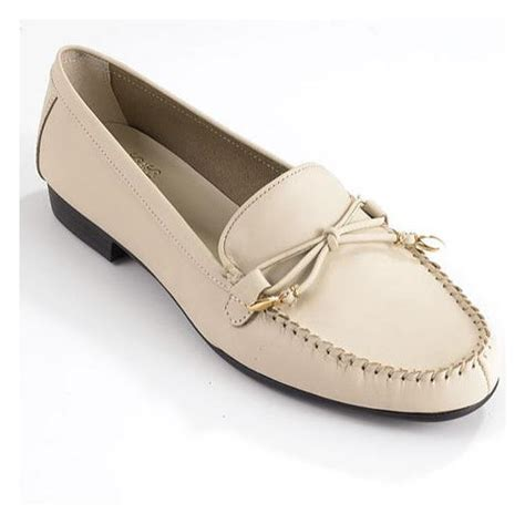 mootsie tootsie shoes mootsies tootsies tootsies mallory loafers shoes for