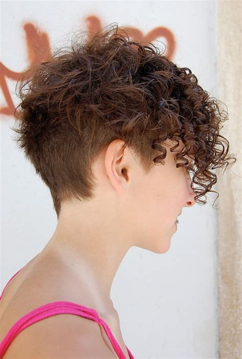 short sides and curl top hairstyles womens short textured hairstyles