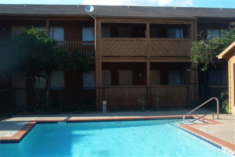 Garden Pool Apartments by Inwood Garden Apartments Rentals Houston Tx